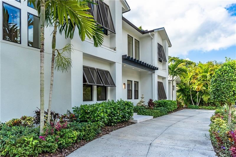 Photo of 1886 PROSPECT STREET, SARASOTA, FL 34239 (MLS # A4450957)