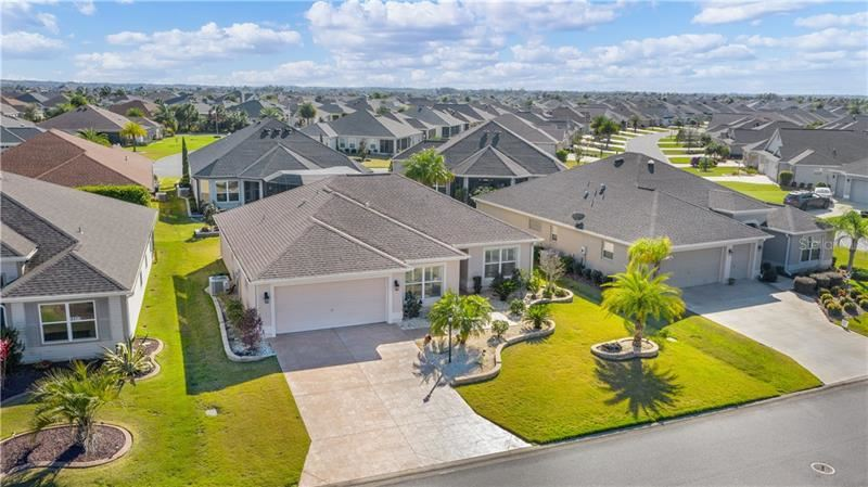 Photo of 3381 BOARDROOM TRAIL, THE VILLAGES, FL 32163 (MLS # G5038958)