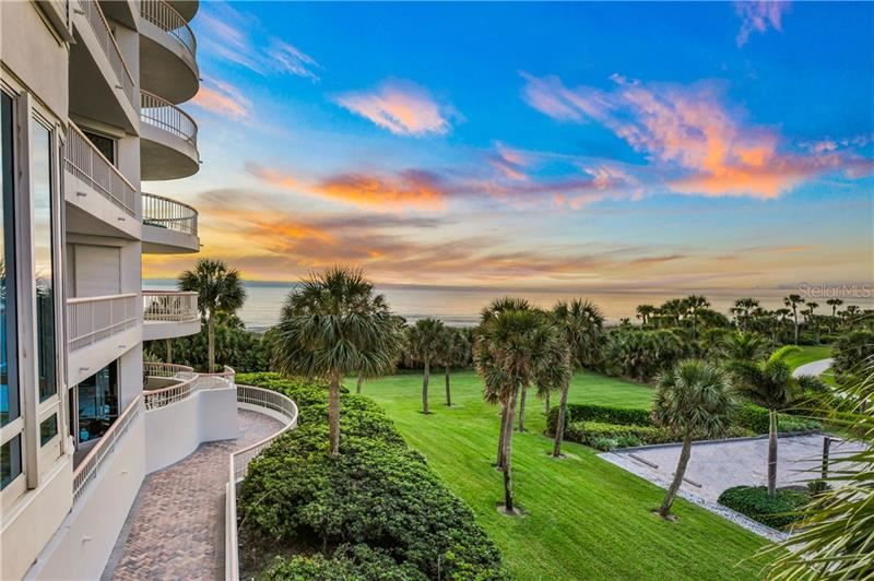 Photo of 455 LONGBOAT CLUB ROAD #306, LONGBOAT KEY, FL 34228 (MLS # A4450959)