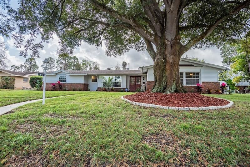 643 TEMPLE TERRACE, Lakeland, FL 33801 - #: L4913959