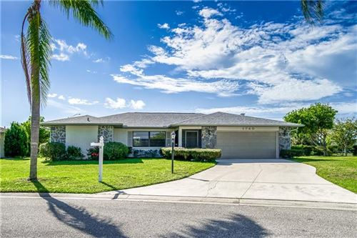 Photo of 1740 COUNTRY MEADOWS DRIVE, SARASOTA, FL 34235 (MLS # A4478960)