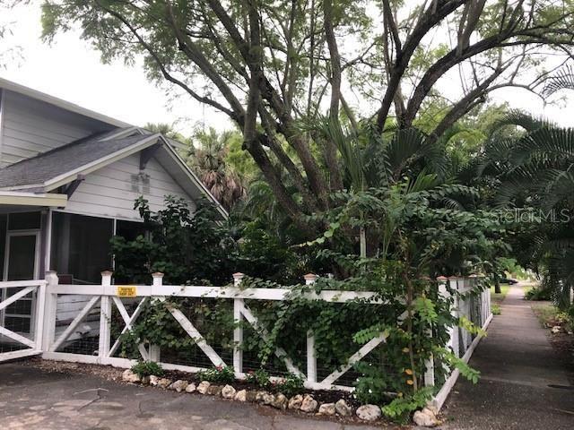Photo of SARASOTA, FL 34236 (MLS # A4479960)