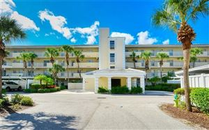 Photo of 830 WEXFORD BOULEVARD #830, VENICE, FL 34293 (MLS # A4448962)