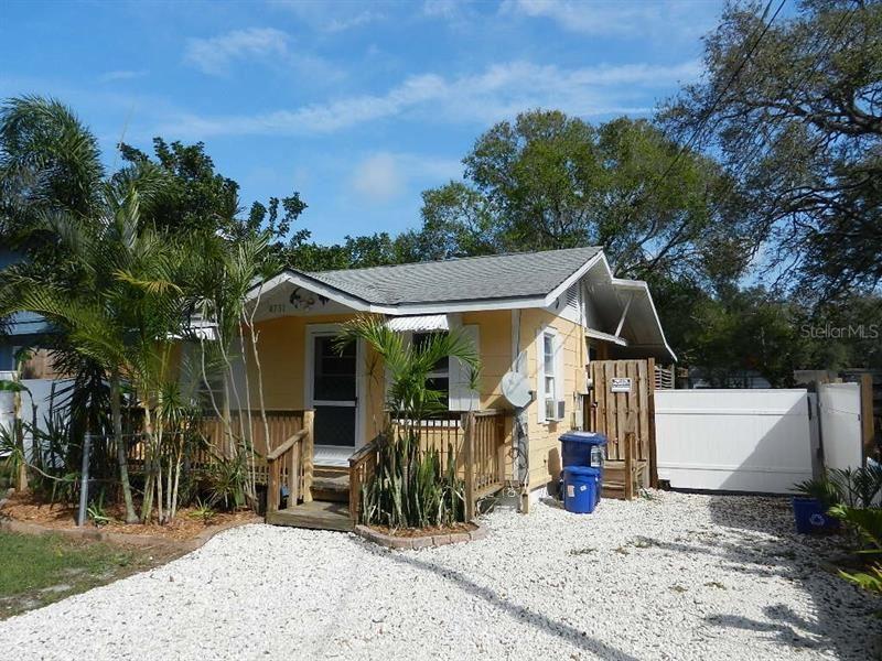 Photo of 4731 HOLLINGSWORTH AVENUE, SARASOTA, FL 34233 (MLS # A4459963)
