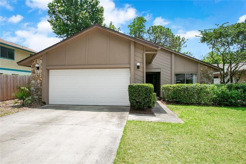 7926 AUTUMN WOOD DRIVE, Orlando, FL 32825 - MLS#: O5943963