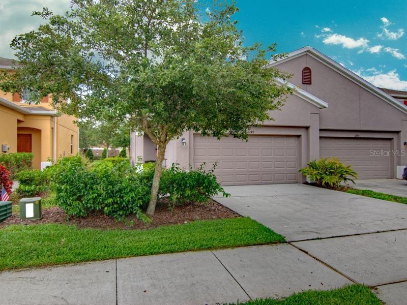 Photo of 1249 SCARLET OAK LOOP, WINTER GARDEN, FL 34787 (MLS # O5868965)