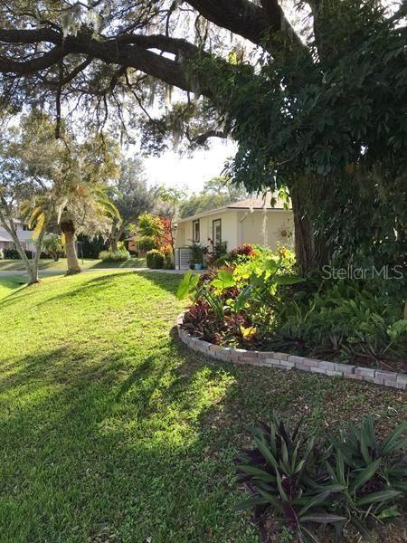 Photo of 3621 ROSLYN ROAD, VENICE, FL 34293 (MLS # T3228968)