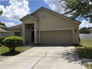 Photo of 11923 SUMMER SPRINGS DRIVE, RIVERVIEW, FL 33579 (MLS # T3102972)