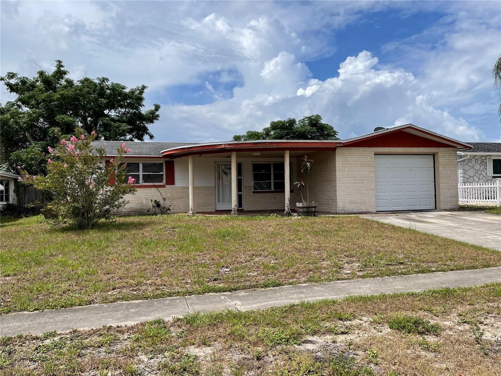 6152 7TH AVENUE, New Port Richey, FL 34653 - #: U8125972