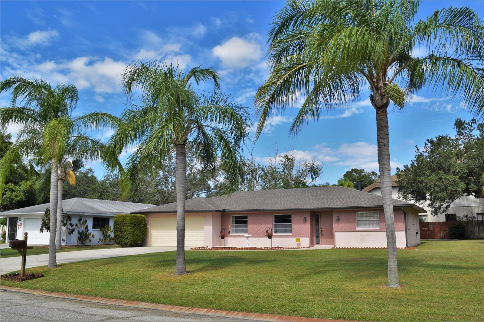 5626 CREEKWOOD DRIVE, Sarasota, FL 34233 - #: A4514973