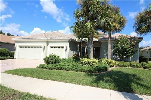 Photo of 554 SAWGRASS BRIDGE ROAD, VENICE, FL 34292 (MLS # A4451975)