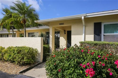 Photo of 6882 W COUNTRY CLUB LANE, SARASOTA, FL 34243 (MLS # A4459978)