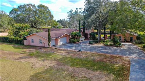 Main image for 329 E COUNTY LINE ROAD, LUTZ, FL  33549. Photo 1 of 59