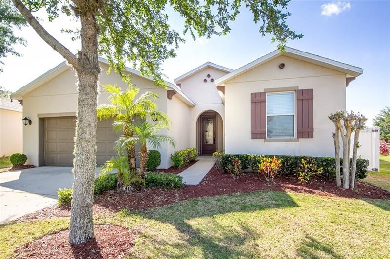 Photo of 13623 LARANJA STREET, CLERMONT, FL 34711 (MLS # G5027978)