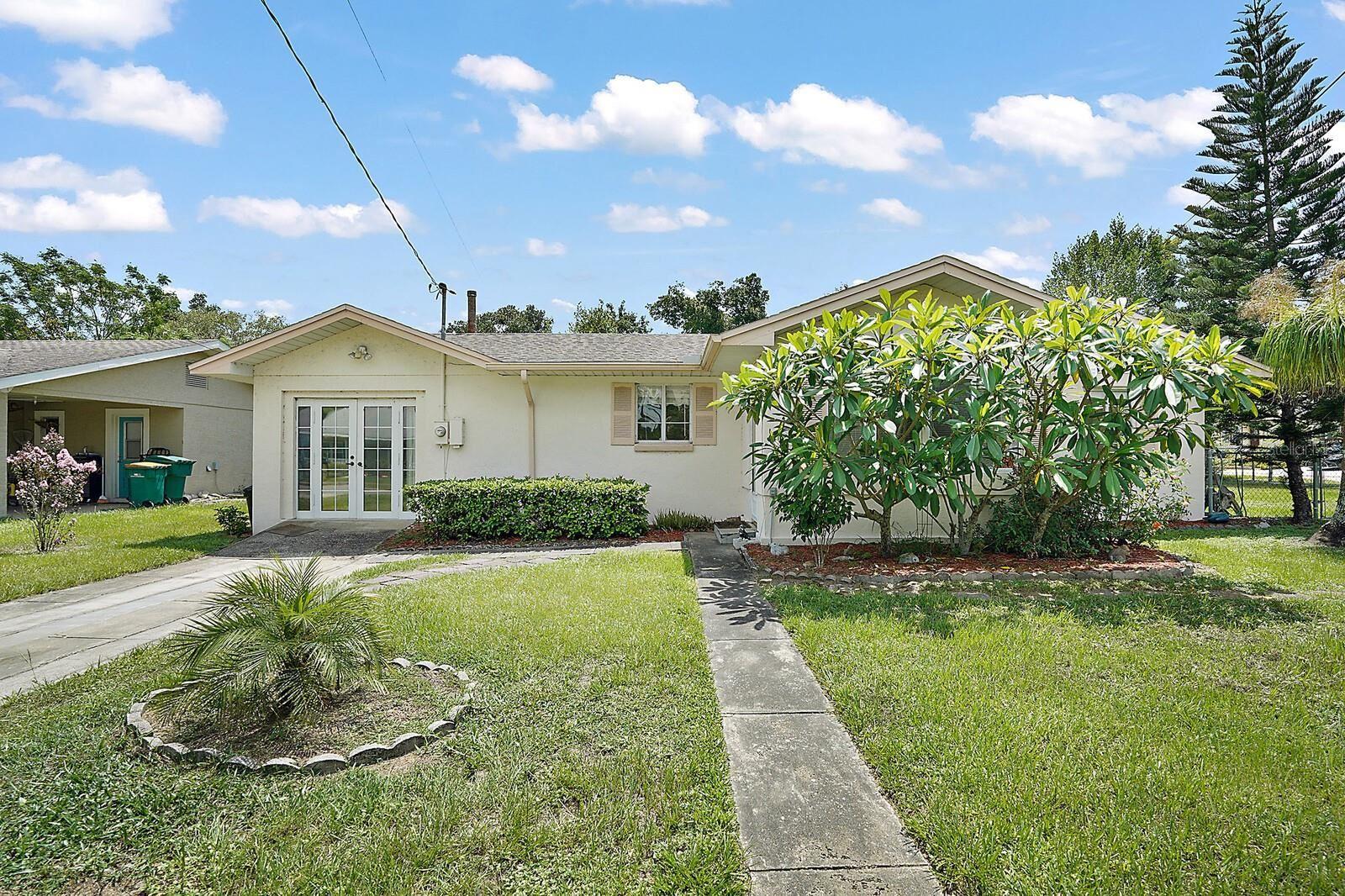 1025 S CENTER STREET, Eustis, FL 32726 - #: O5959979