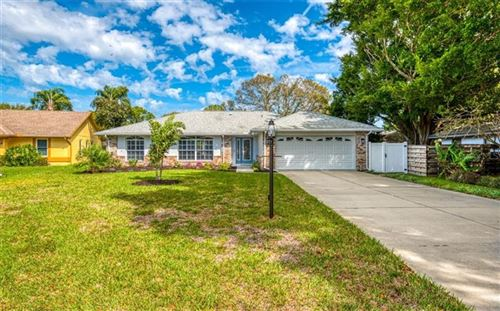 Photo of 911 WEE BURN PLACE, SARASOTA, FL 34243 (MLS # A4472982)