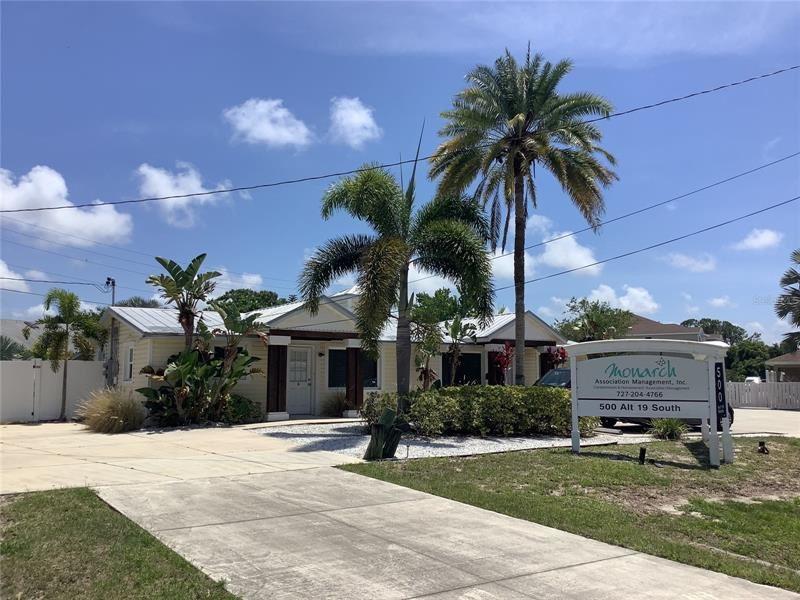 500 ALT 19 S, Palm Harbor, FL 34683 - #: U8121982