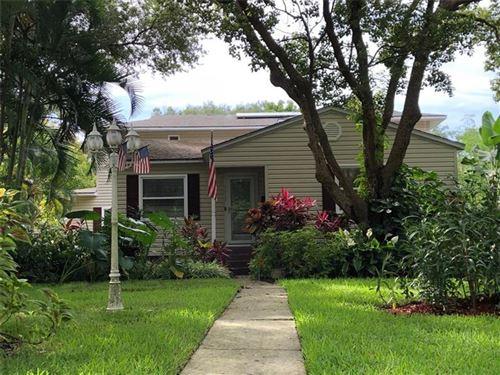 Photo of 951 MONTROSE BOULEVARD N, ST PETERSBURG, FL 33703 (MLS # T3248983)