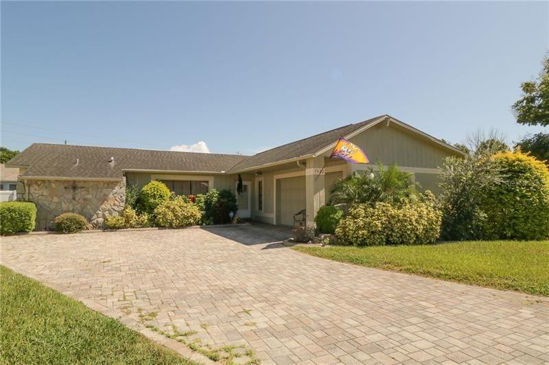 7422 DAUVIN COURT, Port Richey, FL 34668 - #: W7826984