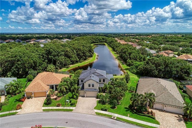 Photo of 547 HONEYFLOWER LOOP, BRADENTON, FL 34212 (MLS # A4466987)