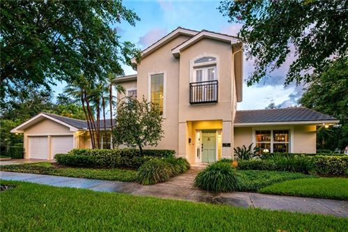 Photo of 201 CATALAN BOULEVARD NE, ST PETERSBURG, FL 33704 (MLS # U8094989)