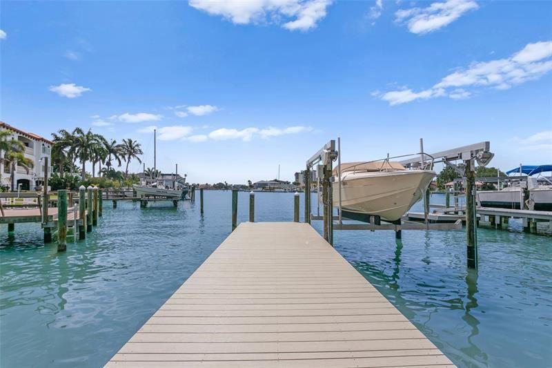 24 MARINA TERRACE, Treasure Island, FL 33706 - #: O5941990