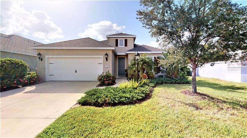 Photo of 7742 RIDGELAKE CIRCLE, BRADENTON, FL 34203 (MLS # A4476991)