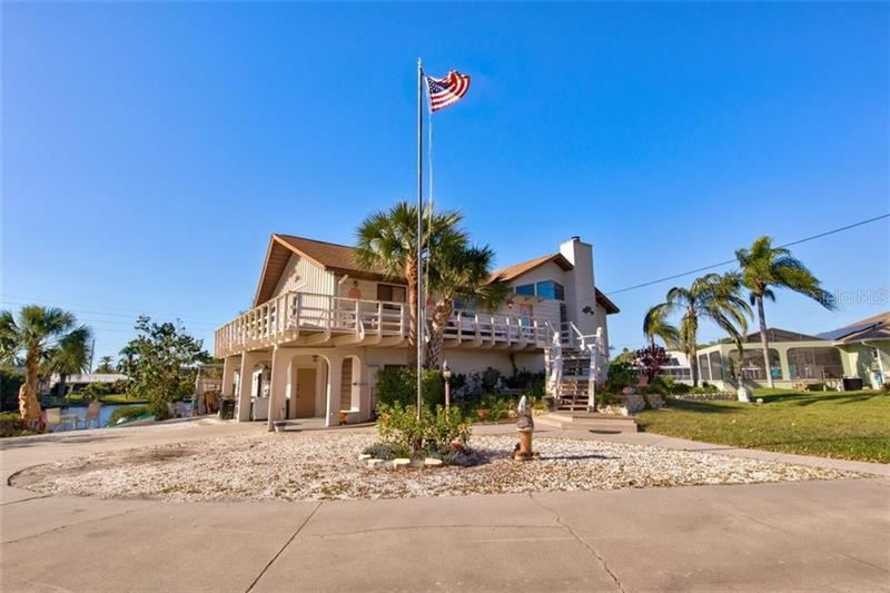 Photo of 649 CORAL DRIVE, NOKOMIS, FL 34275 (MLS # N6113991)