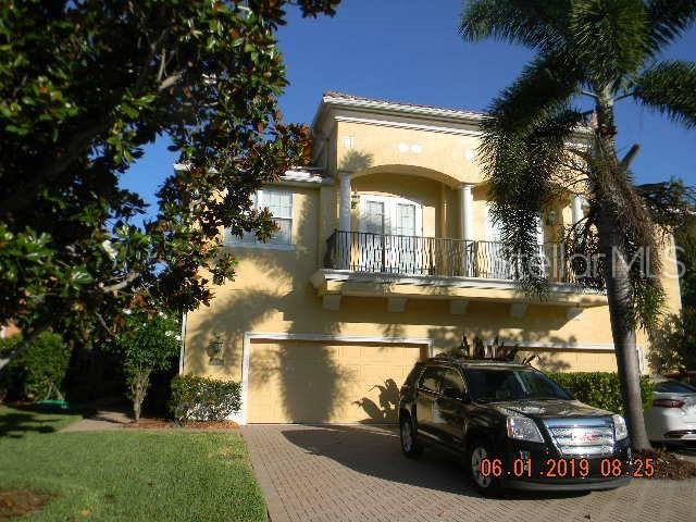 Photo for 169 BANYAN BAY DRIVE, ST PETERSBURG, FL 33705 (MLS # U8048995)