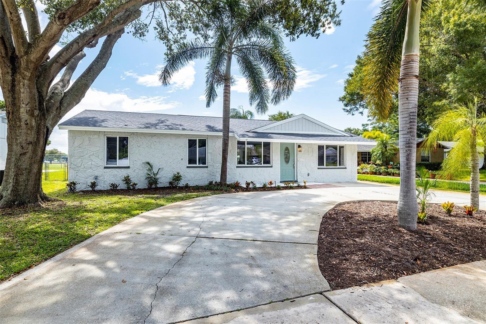8891 85TH STREET, Seminole, FL 33777 - #: U8131999