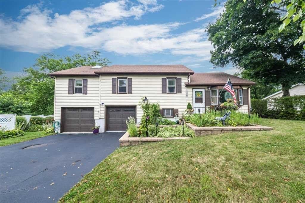 14 BOOTH BLVD, Wappingers Falls, NY 12590 - #: 402002