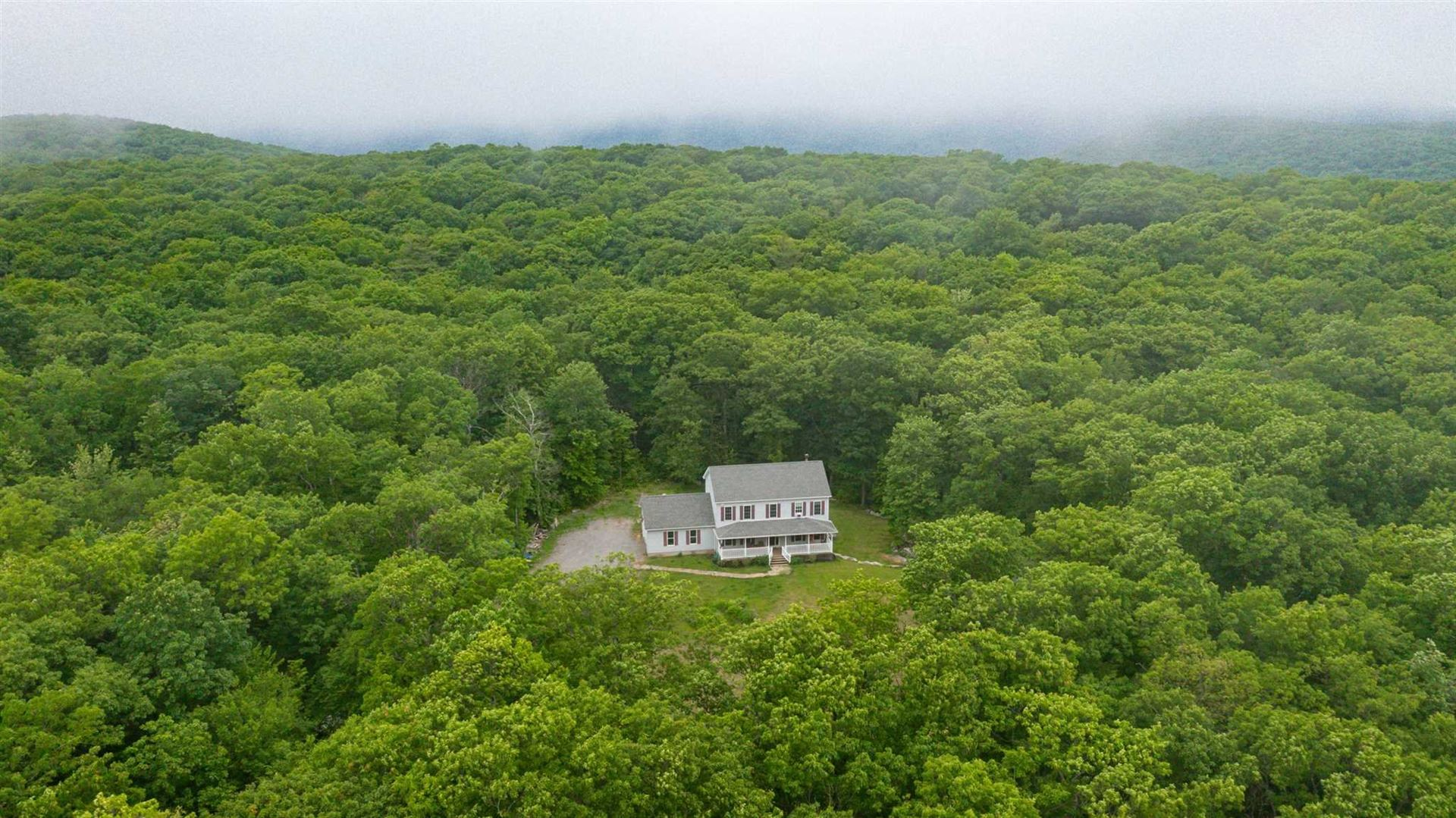 12 OLD OAKS RD, Cold Spring, NY 10516 - #: 402020
