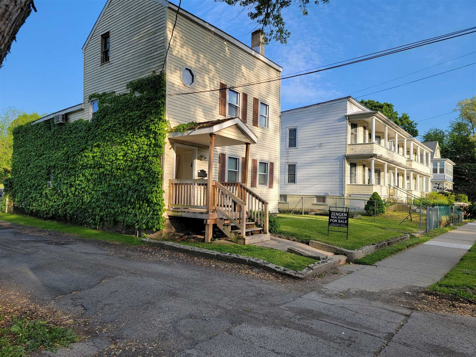 20 LINCOLN AVE., Poughkeepsie, NY 12601 - #: 399056