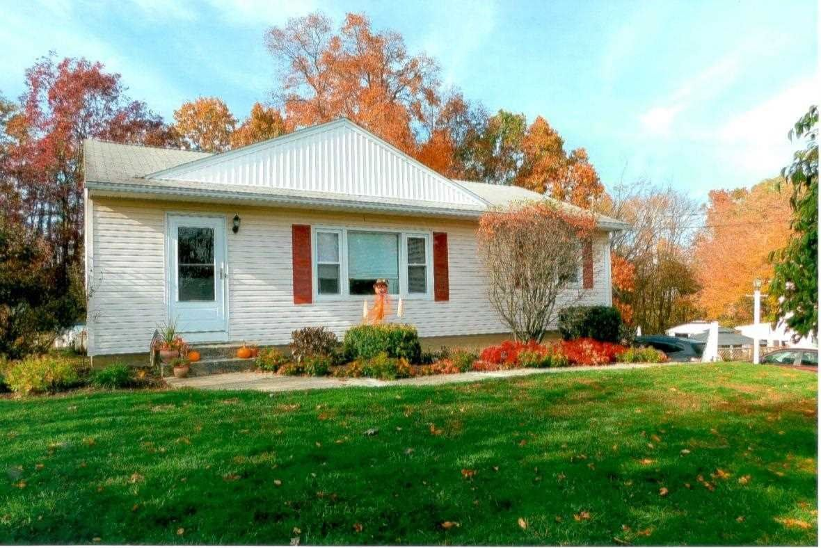 52 BALFOUR DR, Wappingers Falls, NY 12590 - #: 396133