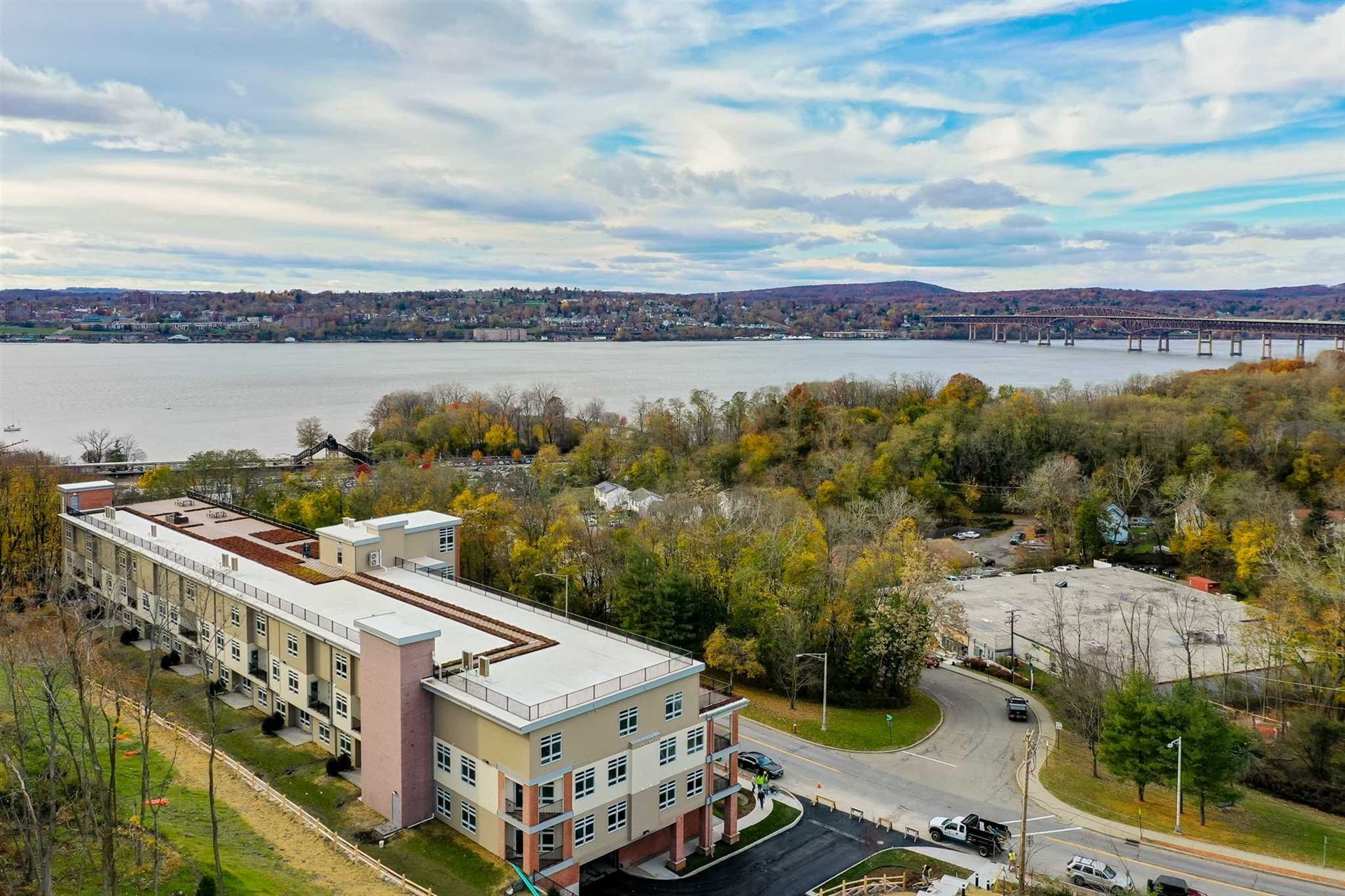 30 BEEKMAN PH2, Beacon, NY 12508 - #: 397382