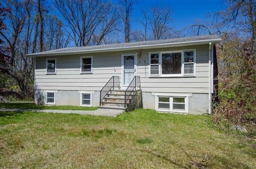 Photo of 2 LAURIE CT, Kent, NY 10512 (MLS # 390465)