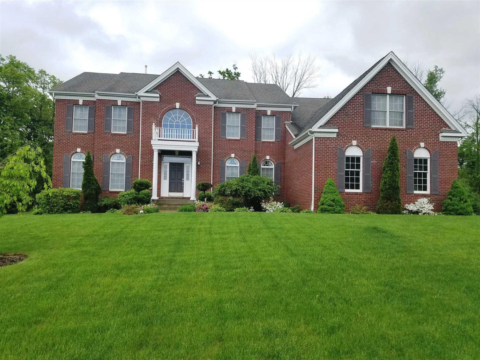 10 Shamrock Hills Dr, Wappinger, NY 12590 - #: 395516