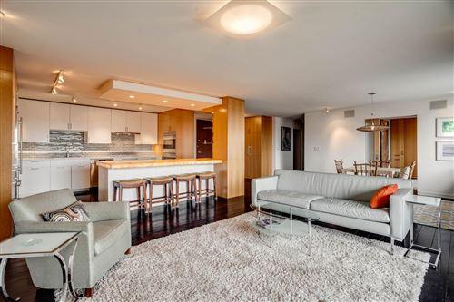 Photo of 400 Groveland Avenue #2212, Minneapolis, MN 55403 (MLS # 6102000)