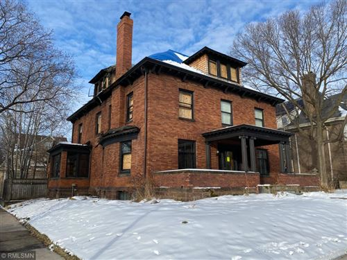 Photo of 1820 Dupont Avenue S, Minneapolis, MN 55403 (MLS # 5430003)