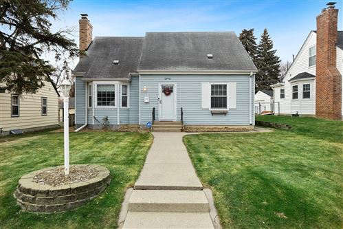 Photo of 5940 10th Avenue S, Minneapolis, MN 55417 (MLS # 5696003)