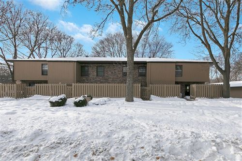 Photo of 2521 Unity Avenue N, Golden Valley, MN 55422 (MLS # 5696006)