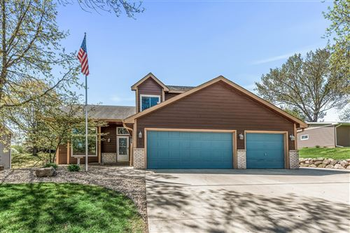 Photo of 13749 93rd Place N, Maple Grove, MN 55369 (MLS # 5747010)