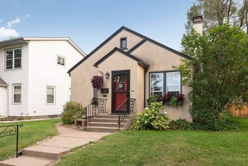 Photo of 1360 Hartford Avenue, Saint Paul, MN 55116 (MLS # 5705012)