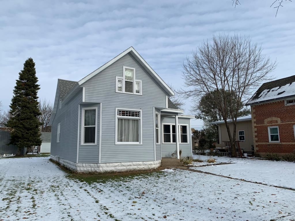 Photo for 520 N Broadway Street, New Ulm, MN 56073 (MLS # 5331020)