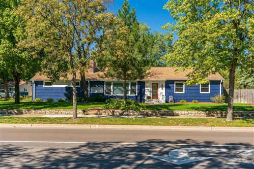 Photo of 8030 Cedar Lake Road S, Saint Louis Park, MN 55426 (MLS # 6103027)