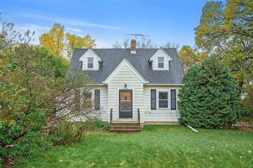 Photo of 1850 County Road B E, Maplewood, MN 55109 (MLS # 6118048)