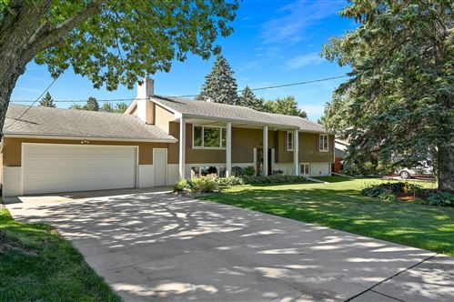 Photo of 444 County Road B E, Maplewood, MN 55117 (MLS # 5713051)