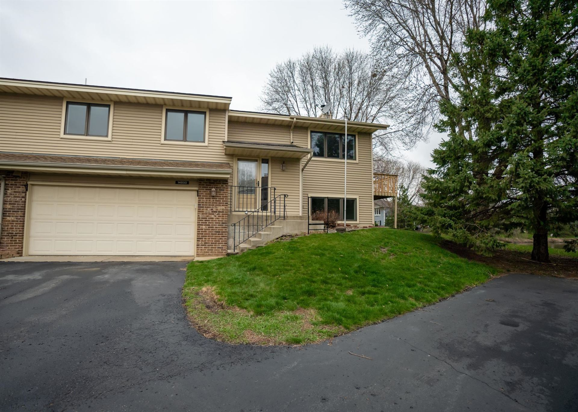 Photo of 14850 Endicott Way #21, Apple Valley, MN 55124 (MLS # 5698056)