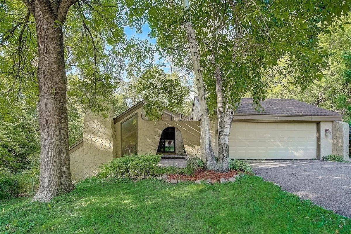 Photo of 175 Chaparral Drive, Apple Valley, MN 55124 (MLS # 6074062)
