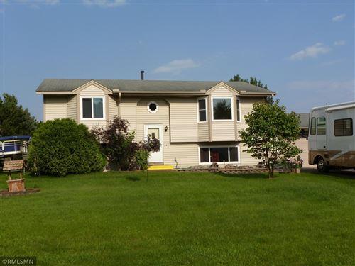 Photo of 1046 Bear Circle NE, Cambridge, MN 55008 (MLS # 6074066)